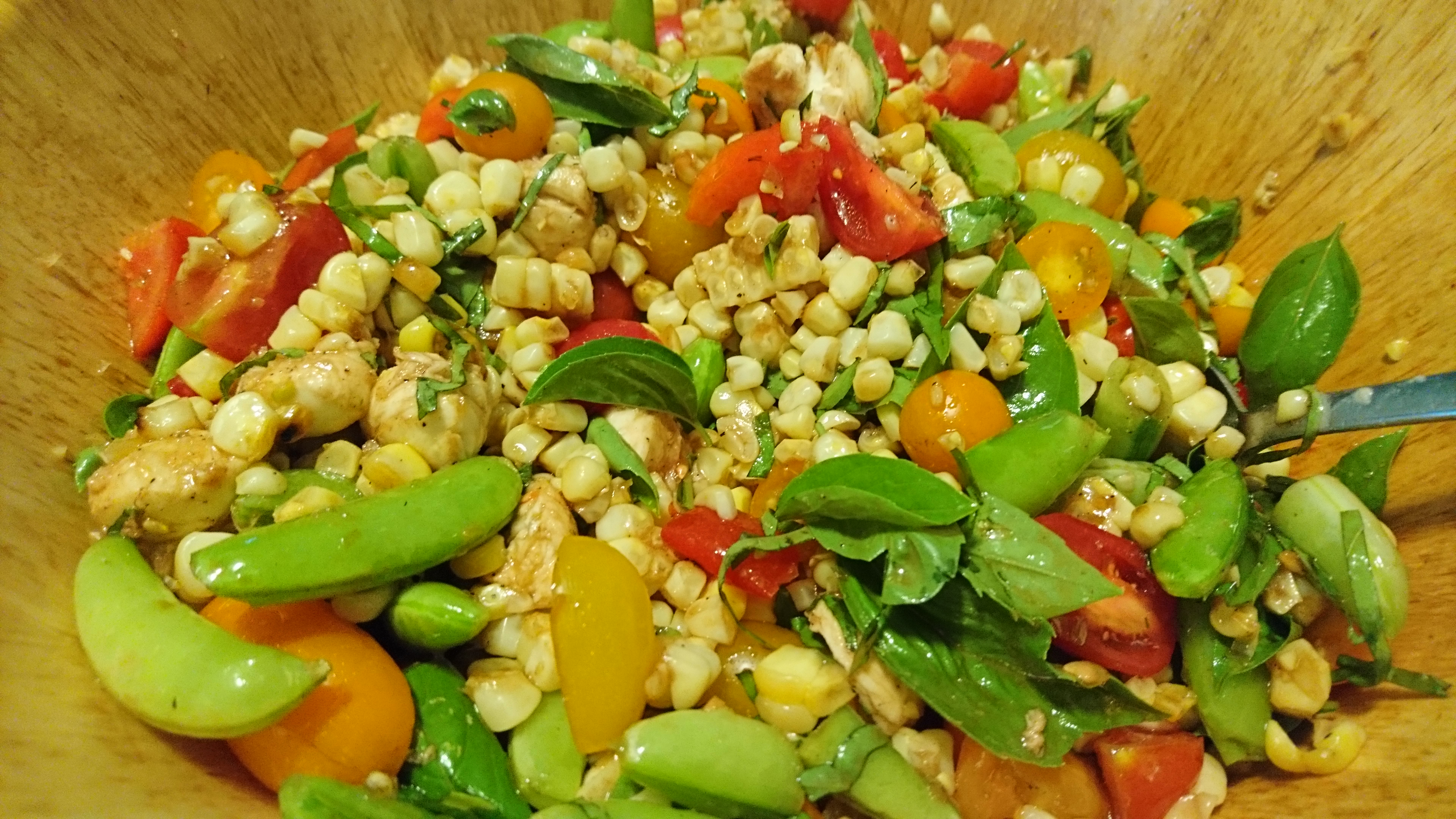 corn and basil salad photo